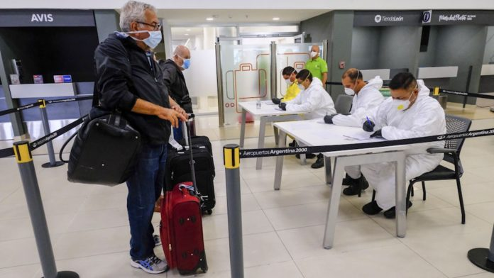 Provincia ya realiza el seguimiento de ocho bonaerenses aislados en hoteles
