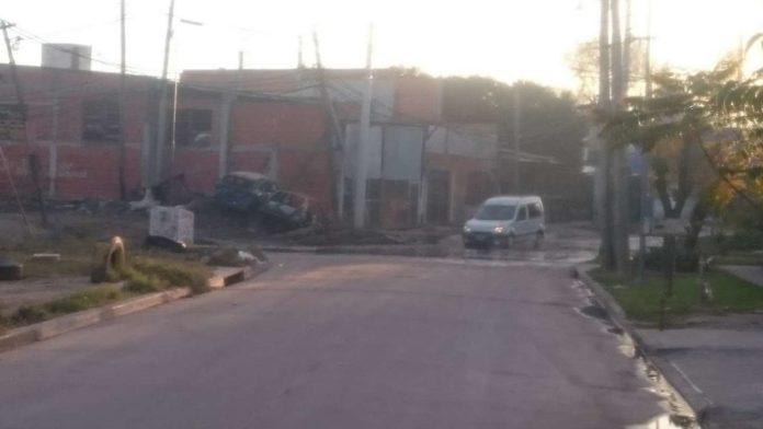La camioneta con el cadáver del federal fue encontrada en las calles de Loma Hermosa, Tres de Febrero. (Twitter)