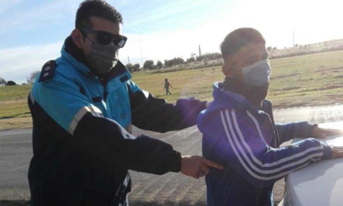 El arresto de Nahuel Sepúlveda. (La Brújula 24)