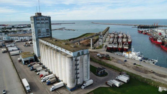 """La galería de los silos marplatense sería demolida """"en los próximos meses"""". (La Capital)"""