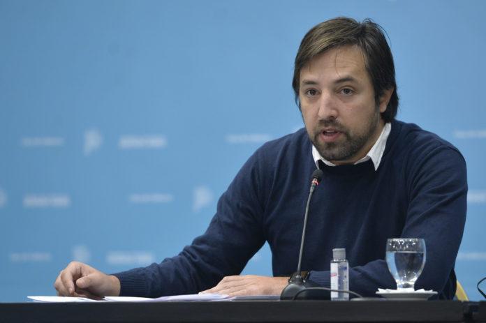 El ministro de Salud bonaerense, Nicolás Kreplak, desestimó esta mañana la posibilidad de aplicar una tercera dosis en la provincia de Buenos Aires