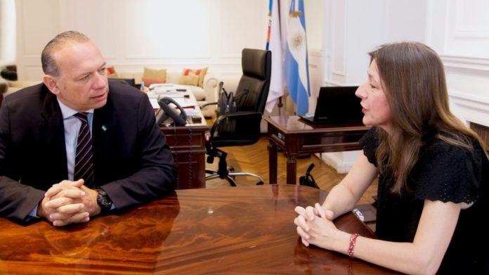 El ministro de Seguridad bonaerense, Sergio Berni, volvió a apuntar con dureza contra su par nacional Sabina Frederic