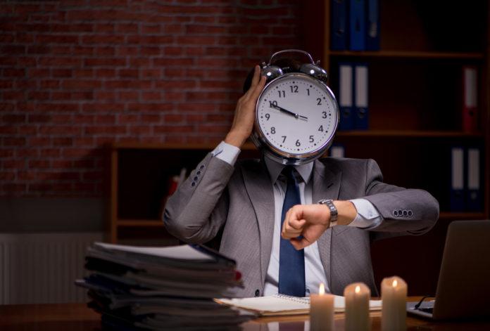 ¿Qué dicen los proyectos para bajar la jornada laboral a seis horas en Argentina?