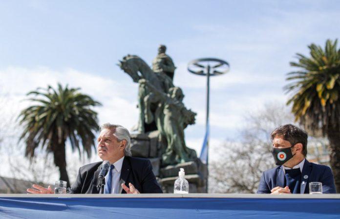 """Fernández adelantó que San Martín """"muy pronto va a estar nuestros billetes"""""""