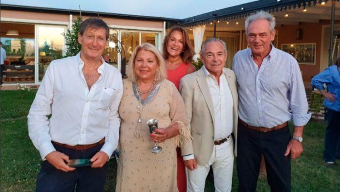 La fiesta de cumpleaños de Elisa Carrió, en diciembre pasado. (Twitter)