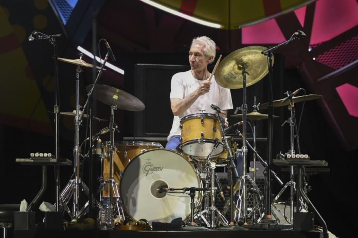 Charlie Watts, de 80 años, era el miembro de mayor edad de los Rolling Stones. (Xinhua)