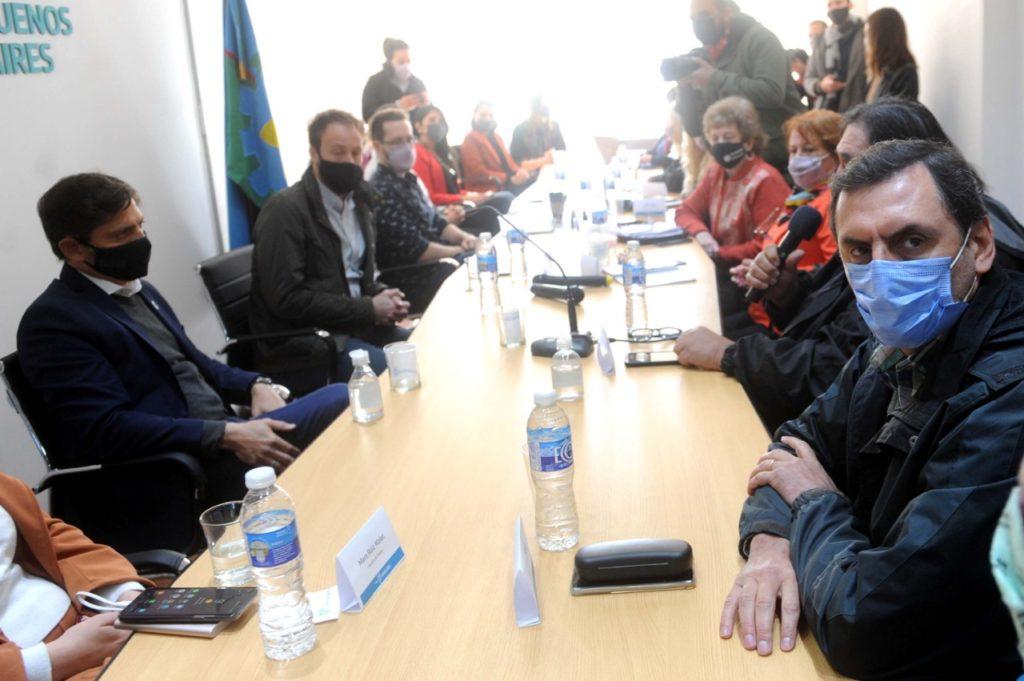 Docentes: Kicillof ofreció ampliar incremento a un 45,5% y se arrima a un acuerdo