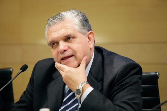 Ricardo López Murphy, precandidato a diputado nacional por Juntos por el Cambio (JxC) en la ciudad de Buenos Aires.