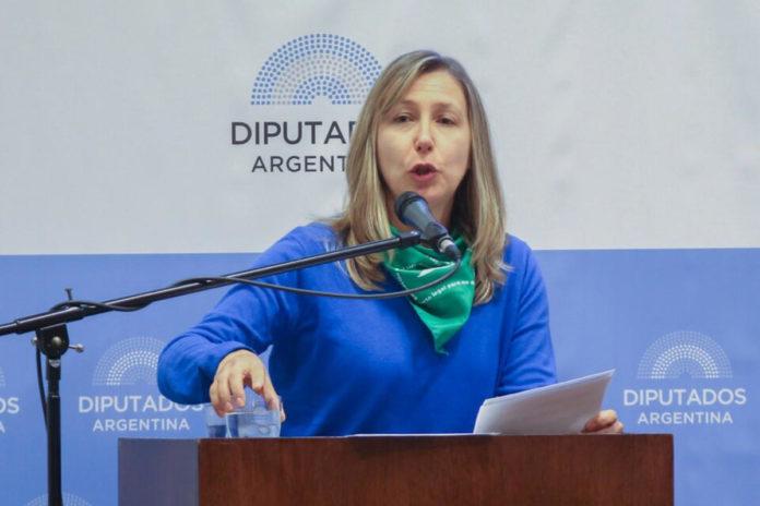 La diputada del Frente de Izquierda y de los Trabajadores, Myriam Bregman.