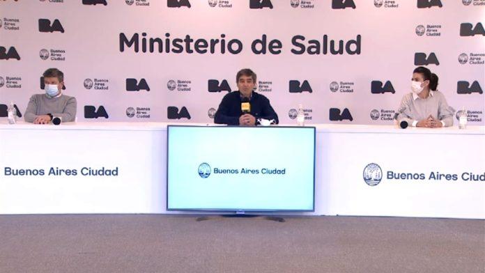 """El equipo del Ministerio de Salud de CABA anuncia la """"votación segura"""". (Twitter @fernanquirosBA)"""