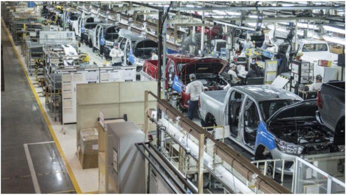 La polémica de los 200 puestos con secundario completo: ¿Qué dicen Toyota y PBA?