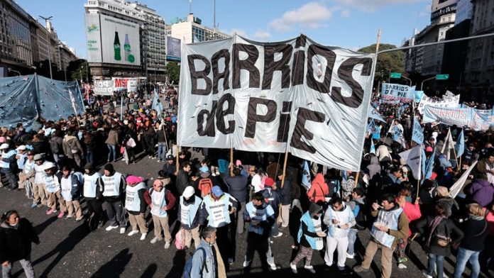 Los movimientos sociales suspendieron la marcha a Plaza de Mayo para respaldar al Presidente