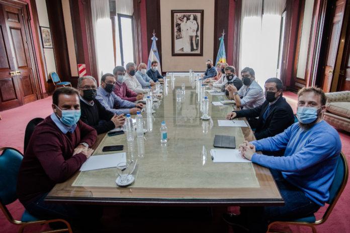 Kicillof analizó con intendentes del Conurbano estrategia de cara a noviembre