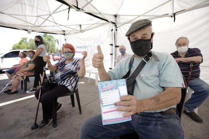 El 70% de los vacunados en la provincia completó el esquema con la segunda dosis.