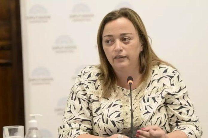 """La vicepresidenta del bloque de diputados del Frente de Todos, Cecilia Moreau, dura contra los """"especuladores""""."""