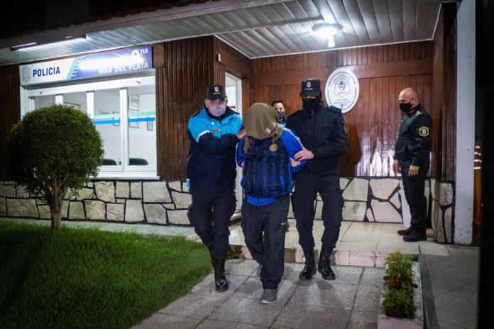 El detenido es trasladado a la alcaidía de la prisión de Batán. (Télam)