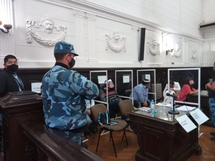 Se reanuda el juicio a exdirigentes de la Uocra de Bahía Blanca acusados de extorsión.