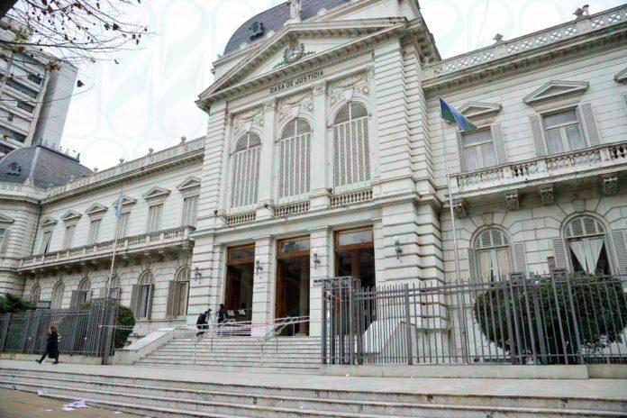 El Colegio de Abogados de la provincia de Buenos Aires reclamó a la Suprema Corte rever las normas por la pandemia.
