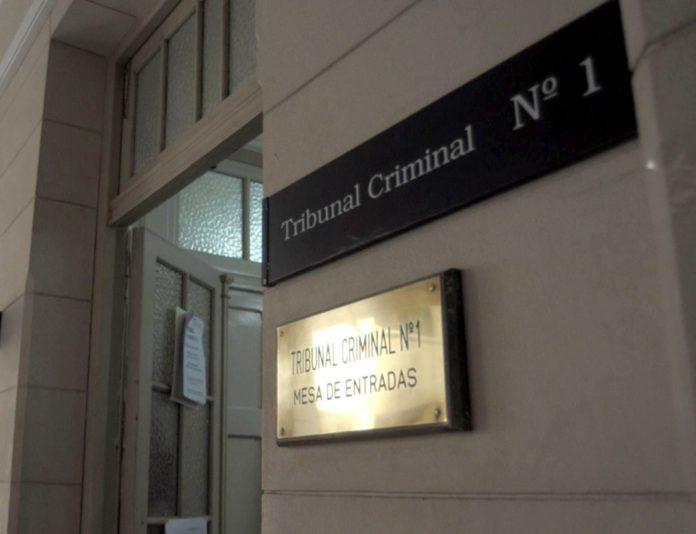 La pareja tresarroyense fue condenada a 12 y 9 años de prisión por abuso de la hija de la mujer.