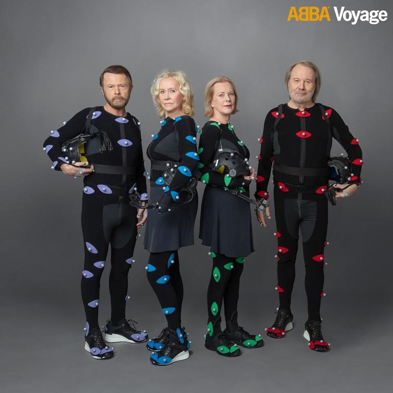 Los miembros de ABBA con los trajes de captura de movimiento para el concierto Voyage. (Facebook ABBAVoyage)