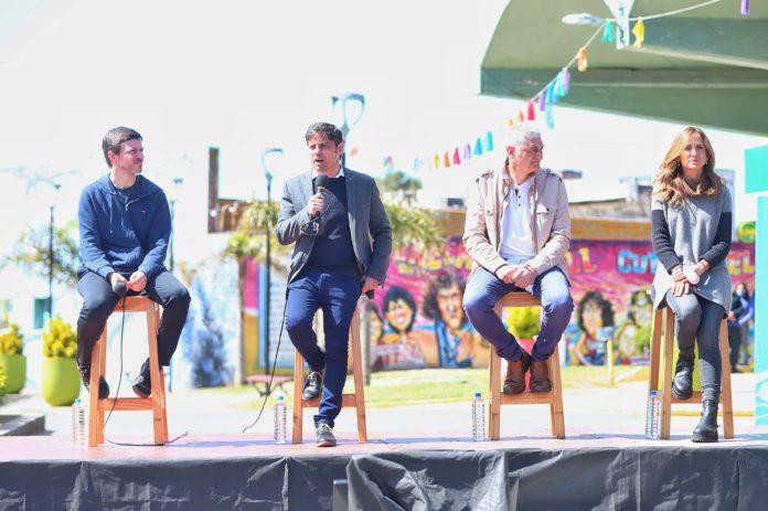 Kicillof anunció viajes de egresados gratis para 220 mil adolescentes que egresan este año