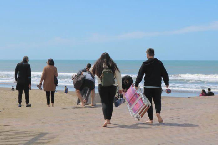 Los intendentes costeros destacan el movimiento turístico y se esperanzan con el verano