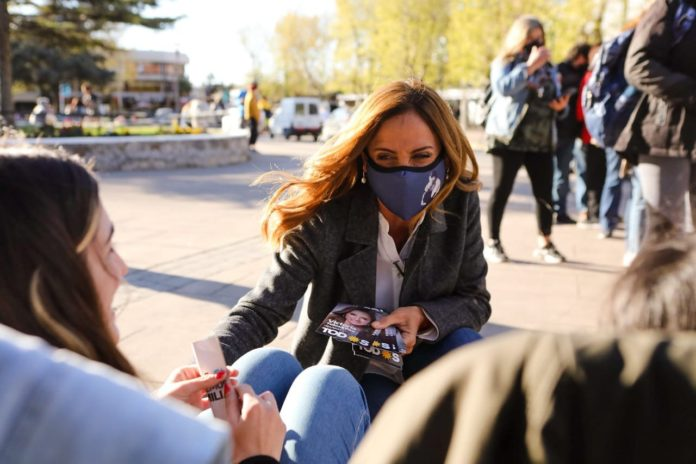 """Tolosa Paz sobre el anuncio de viajes de egresados: """"Dinamiza al turismo y a la gastronomía"""""""