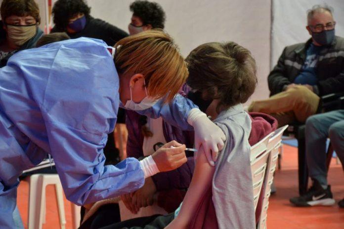 Aplicarán la vacuna de Sinopharm a chicos de entre 3 y 11 años