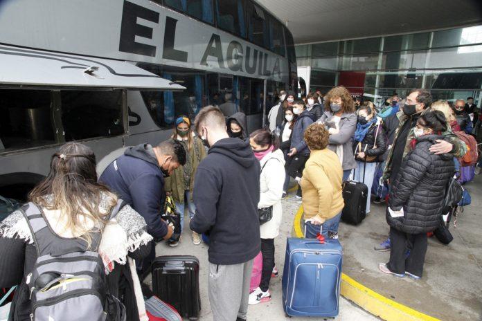 """El fin de semana """"extra largo"""" la movilización de turistas fue récord."""